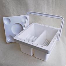 Кистемойка  пластиковая с Крышкой, размер 18,5х18х9 см.